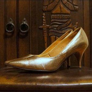 Vintage Gold Pumps 1950s / 1960s VLV Leather Heels